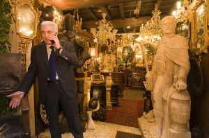 Dealing Antiques